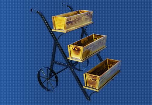 移動式のワゴン風什器です。お花のプランターを並べたり、商品を積み上げたり、楽しい売り場の演出にオススメです。
